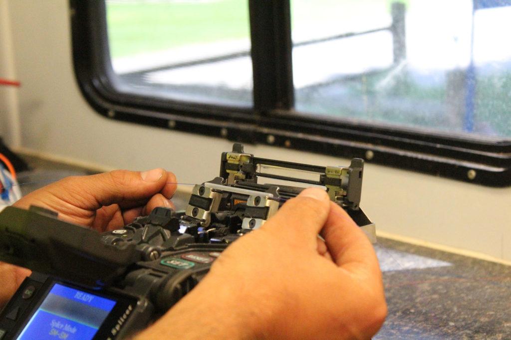 Splicing Fiber Reedsburg Light Speed Internet